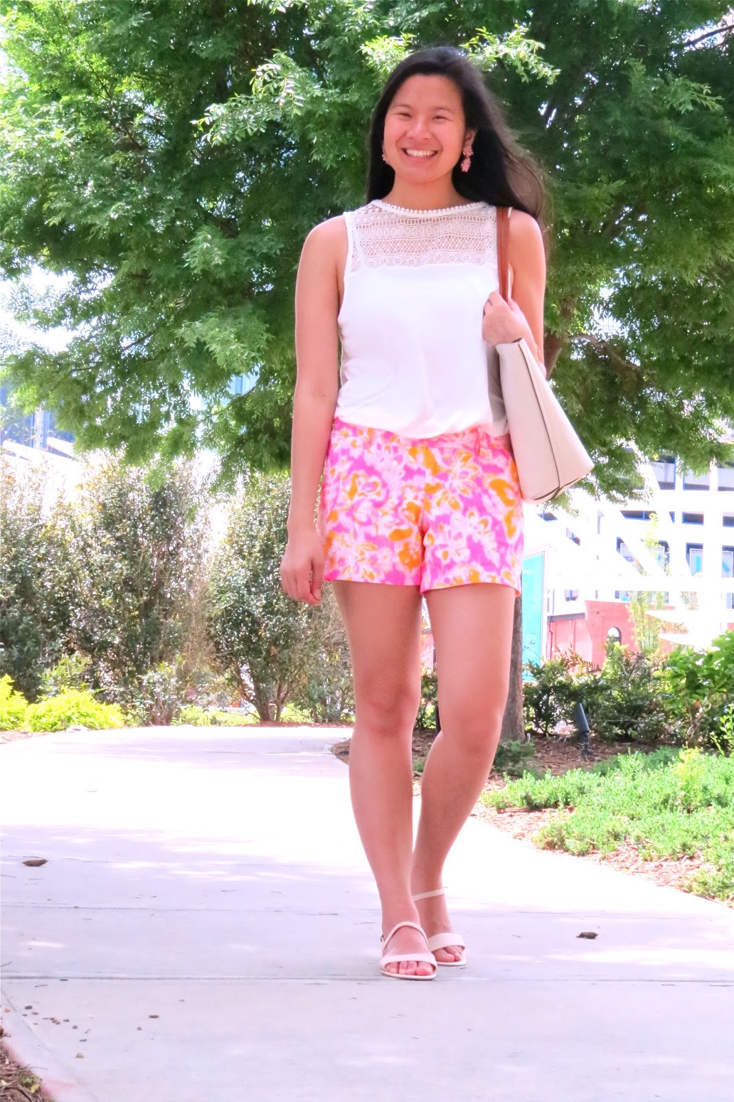 How_to_style_Lilly_pulitzer_shorts
