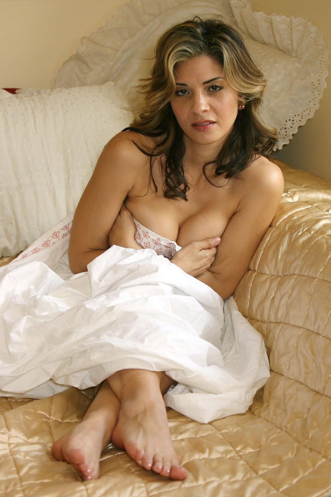 Callie thorne topless