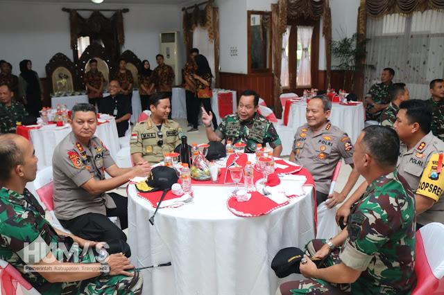 Kepincut Ayam Lodho, Laksdya TNI Aan Kurnia: Enak dan Wajib Dipromosikan Keluar