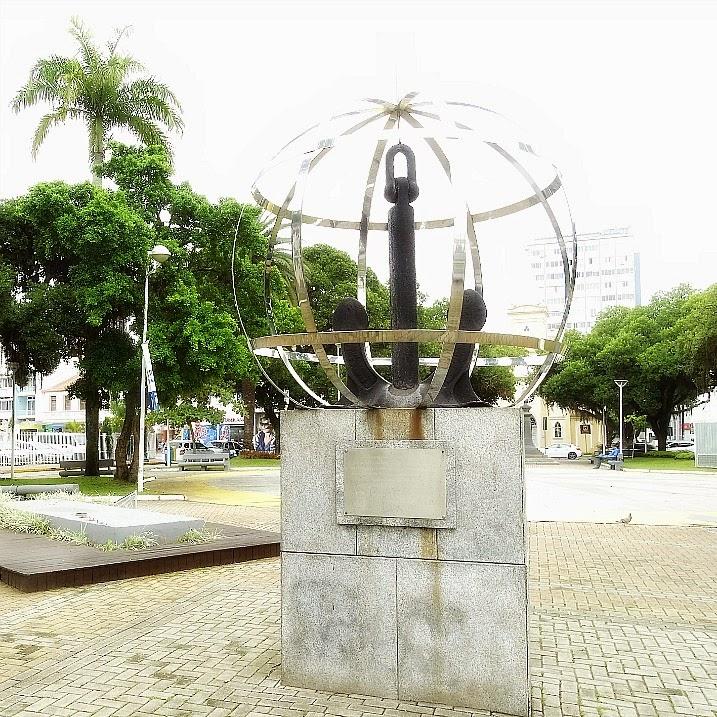Marco Zero de Itajaí: Praça Vidal Ramos