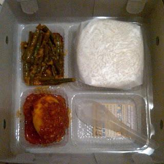 Menu Nasi Kotak Murah Mulai Dari Harga Rp.10.000 di Sidoarjo Dan Surabaya , nasi kotak harga 10rb , nasi kotak 10ribu, nasi kotak harga Rp.10ribu,nasi kotak murah,nasi kotak 15.000.nasi kotak harga 15.000,nasi kotak harga 15ribu,nasi kotak murah dan enak,nasi kotak murah dan enak di surabaya