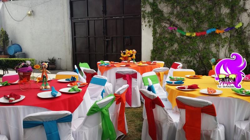 Fantasia fiestas tematicas fiesta tematica de los 60s hippie - Fiestas hippies decoracion ...