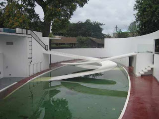 Grade I Listed Lubetkin Penguin Pool At ZSL London Zoo