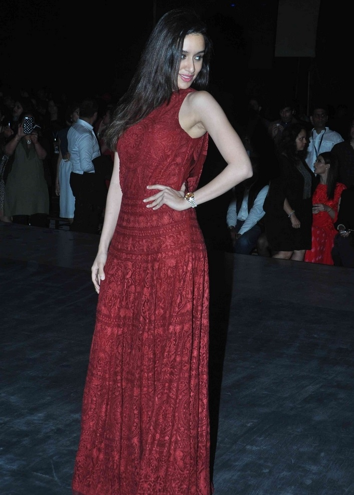 Indian Glamours Girl Shraddha Kapoor Stills In Maroon Dress At Lakme Fashion Week