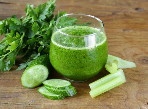 Consommez un verre de cette boisson avant de se coucher et commencez à réduire la graisse abdominale
