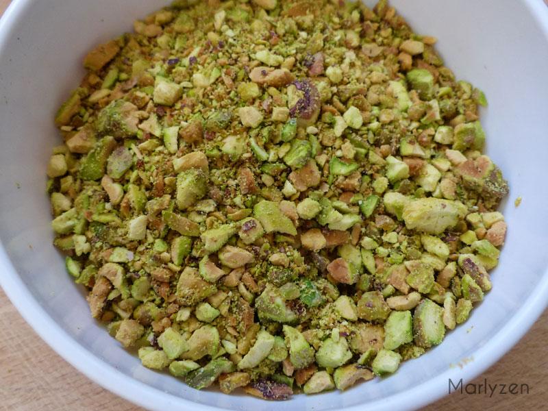 Mixez les pistaches.
