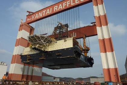 Crane Terkuat di Dunia Ini Sanggup Mengangkat Kapal Hingga Pengeboran Minyak Lepas Pantai Dalam Keadaan Utuh