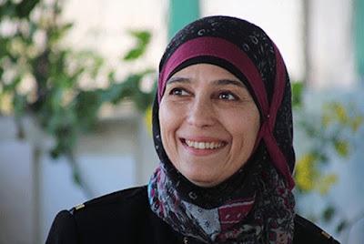 Hanan al-Hroub, Guru Terbaik di Dunia