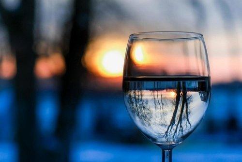 Air Putih di Gelas