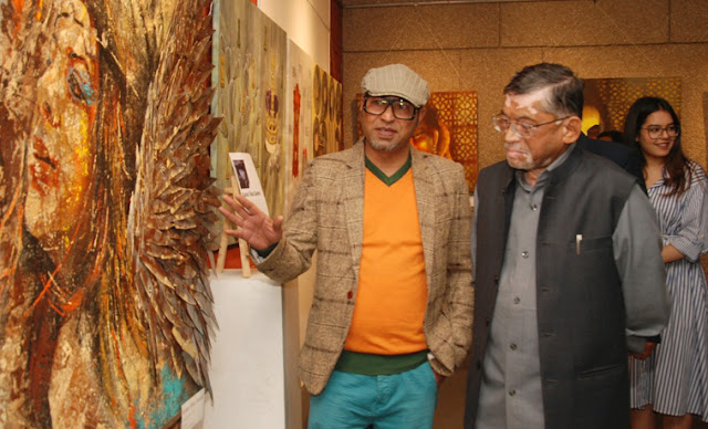 Union Minister Santosh Gangwar inaugurated Floating Thought at India Habitat Center