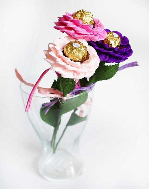 kwiat z ferrero rocher