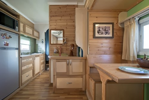 06-Kitchen-Worktop-and-Cabinet-Yosi-Tayar-Animator-RV-Home-Recreational-Vehicle-www-designstack-co