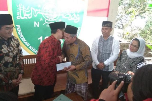 KH Marzuki Mustamar Tulis Surat Arab Pegon ke Megawati, ini isinya