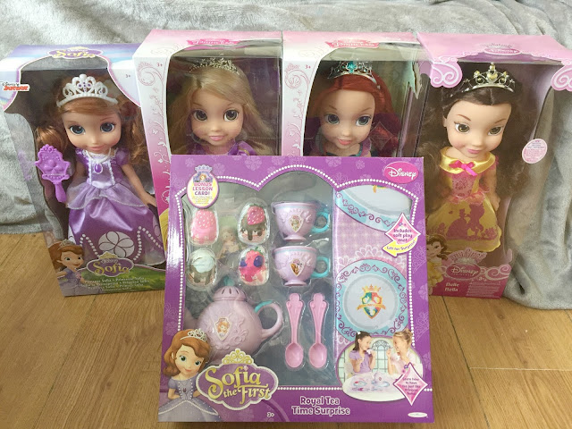 Disney Princess Toddler Dolls and Tea set Jakks Toys