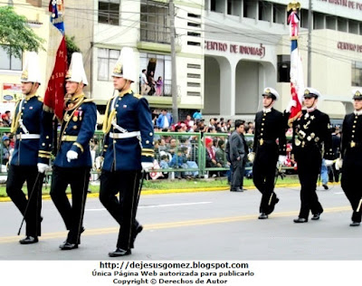 Foto de la Delegación Militar de Chile desfilando en la Parada Militar de Perú. Foto tomada por Jesus Gómez