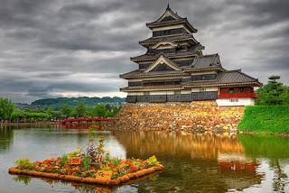 g7ygo0cg Benteng & Istana Eksotis di Dunia