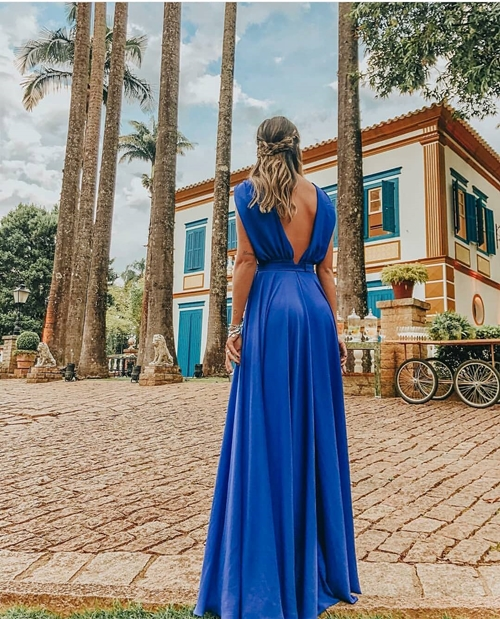 vestido azul longo fluido