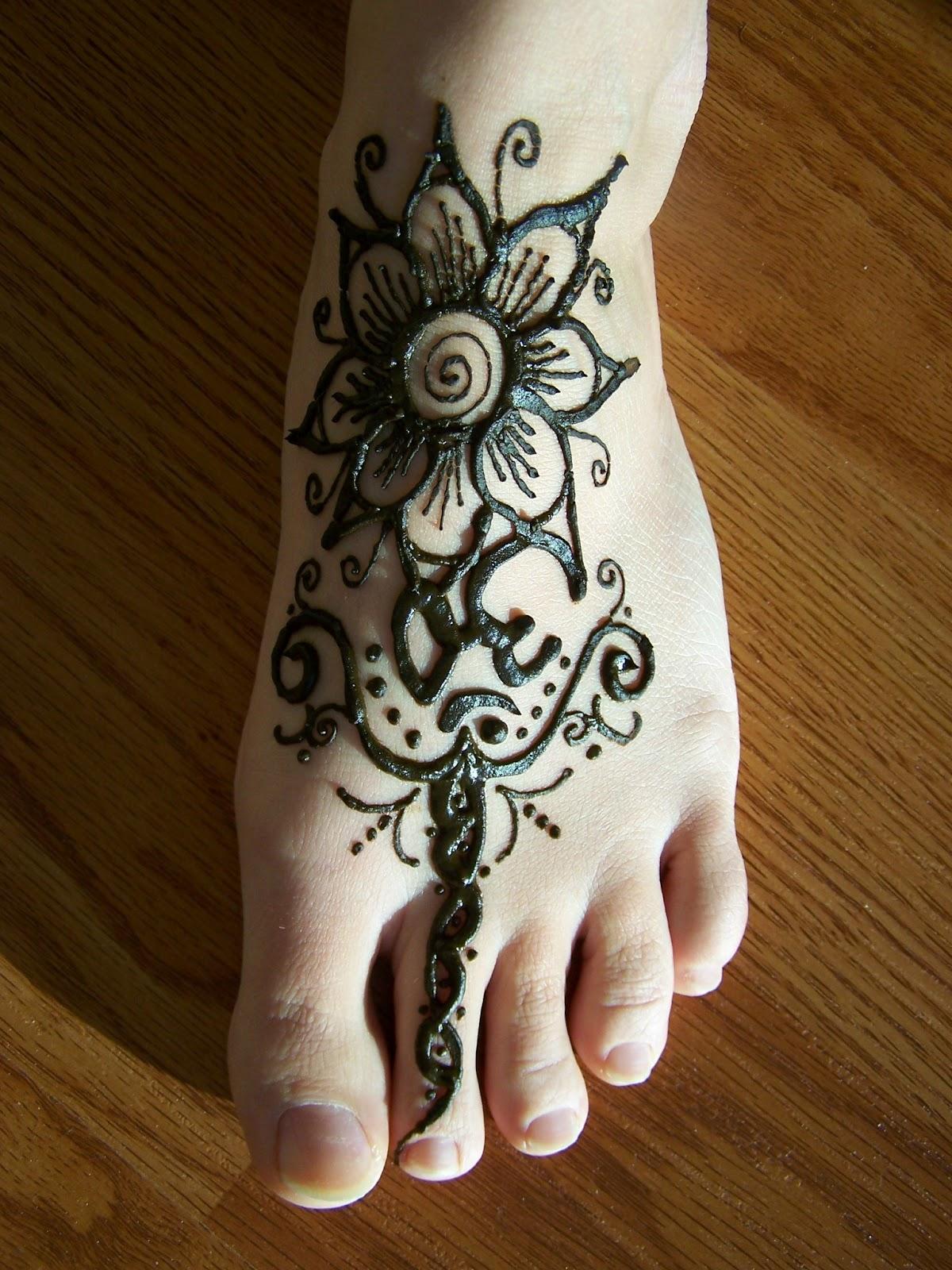 Henna Ideas: HAIDER MUNIR: New Mehndi Designs