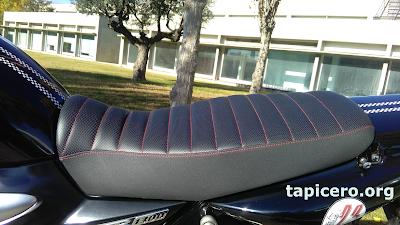 Asiento de Yamaha XJR 1300 tapizado en Tapicero.org