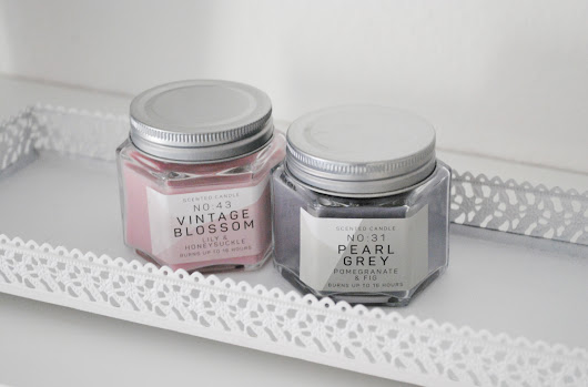 SCENTED CANDLE PEARL GREY & VINTAGE BLOSSOM PRIMARK