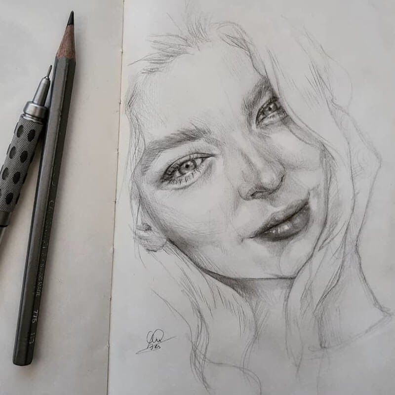 09-Annelies-Bes-Expressive-Pencil-Sketch-Portraits-www-designstack-co