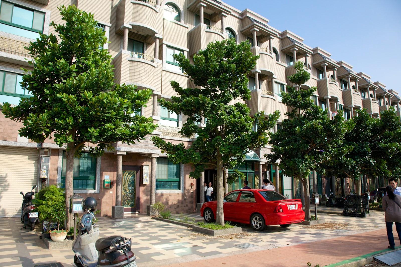 預售屋資訊站: 桃園青埔-致善路別墅