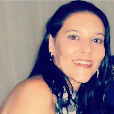 Sheila Ribeiro Mendonça e Blog Simplesmente Ciana. Ciana Andrade