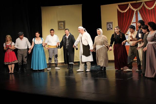 """Η Ποντιακή παράσταση """"Με το Ζορ΄ Διατρός"""" παρουσιάζεται στην Καλαμαριά"""