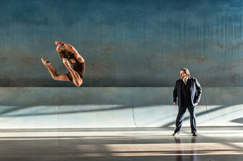 Celestin Boutin, Paul Nilon - Death in Venice - Garsington Opera 2015 - photo Clive Barda