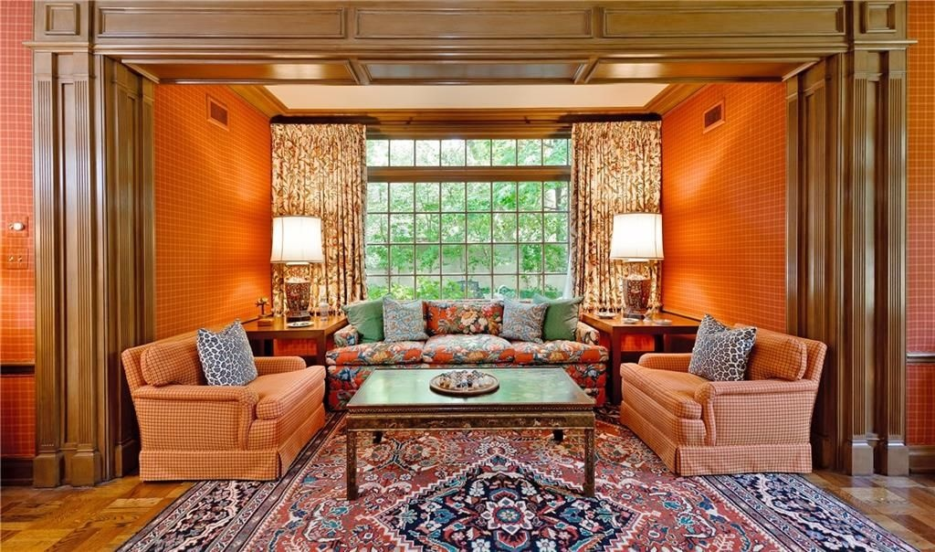 Old Dallas Chic - The Glam Pad on