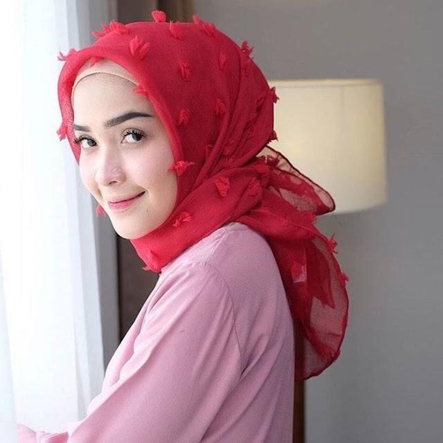 Kumpulan Video Tutorial Mudah Menggunakan Jilbab Rubiah Yang Modern Dan Kekinian