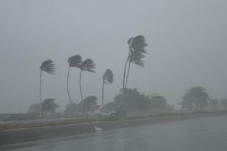 Alerta verde para varias provincias por onda tropical