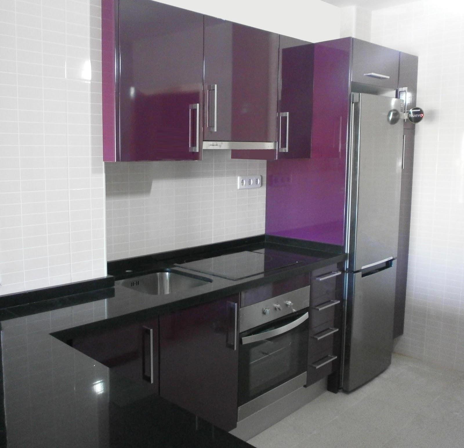 C mo distribuir el espacio en la cocina cocinas con estilo for Muebles de cocina pequena modernos