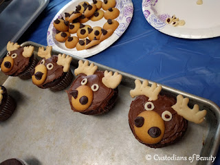 If You Give a Moose a Muffin Party | Moose Cupcakes by CustodiansofBeauty.blogspot.com