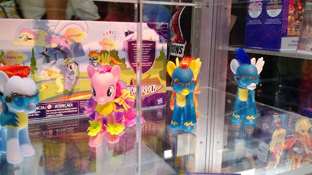 San Diego Comic Con 2016 - Wonderbolts Brushable Sets Merchandise and Toys