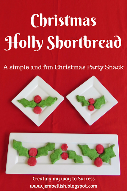 Christmas Holly Shortbread