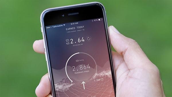 تطبيق رائع ومثير للجدل حيث يقوم بدفع المال لك مقابل المشي