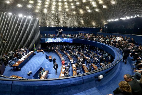 Senado tem últimas votações antes de impeachment e eleições municipais