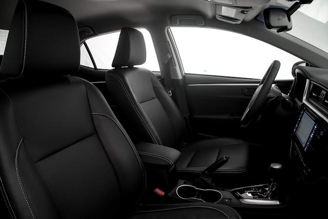 Toyota Corolla XEi 2019 - interior preto