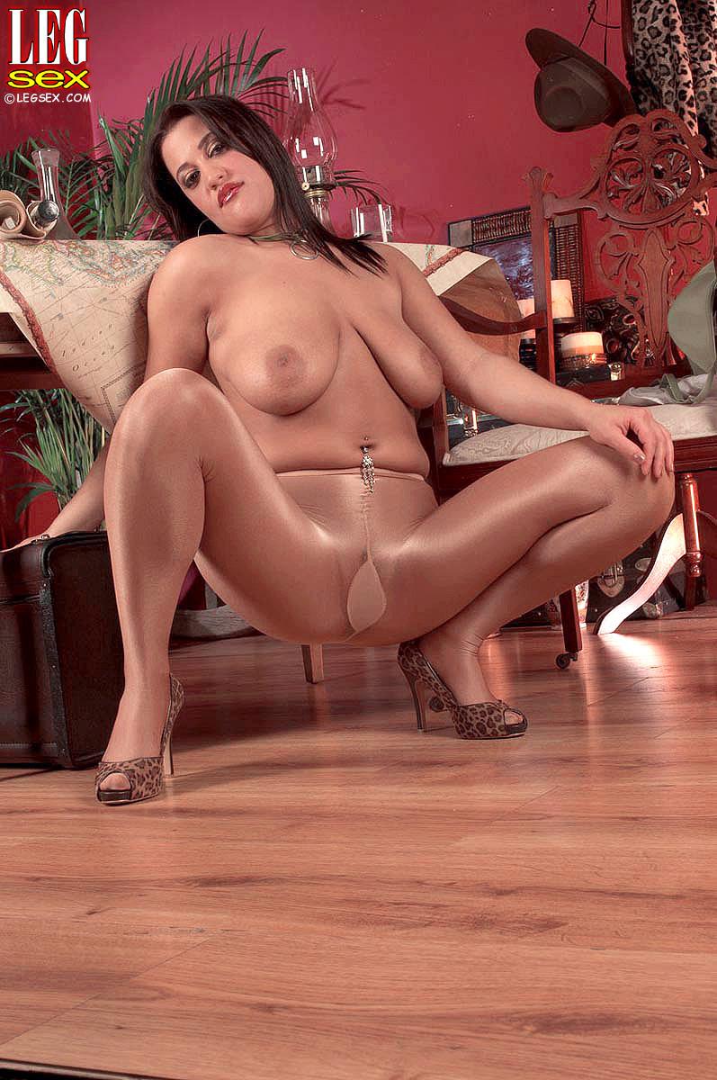 Africa sexxx big natural black boobs - 2 2