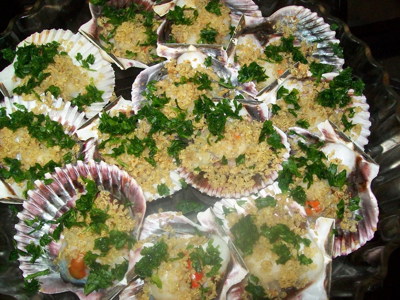 http://www.ricettegrupposanguigno.com/2014/04/capesante-gratinate-con-quinoa-senza-ne.html