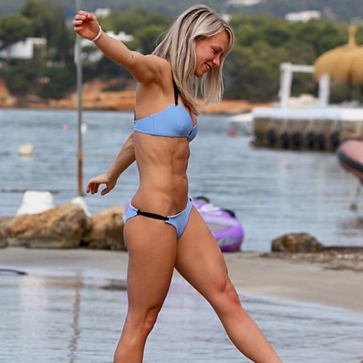 Chloe Madeley fitness model in bikini