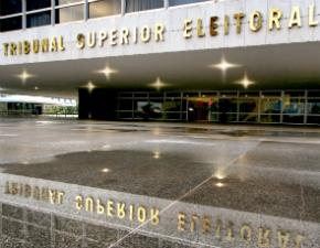 TSE investiga uso de verbas públicas da Petrobras pelo PT