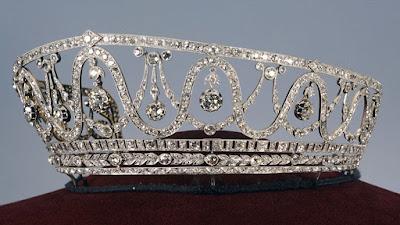 Κλάπηκε τιάρα αξίας 1,3 εκατ. ευρώ από το μουσείο της Βάδης