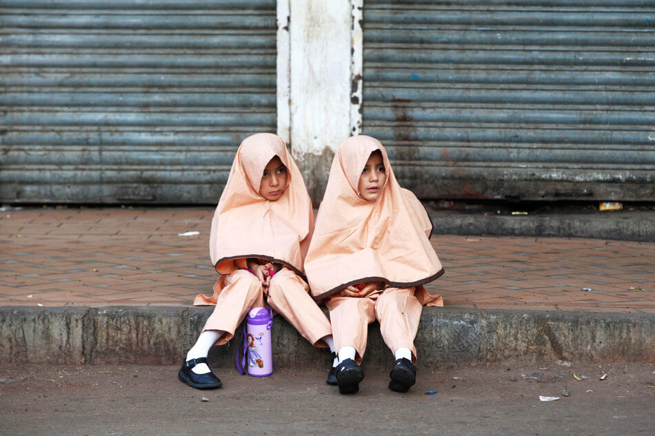 55 Stunning Photographs Of Girls Going To School In Different Countries - Pakistan