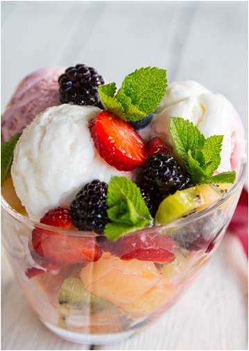 Creamy Yoghurt fruit salad