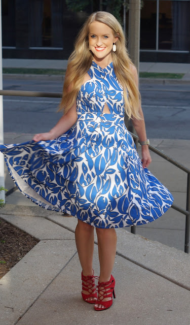 chicago fashion blogger petite dress eshakti