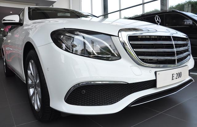 Mercedes E200 có thiết kế mang xu hướng hiện đại