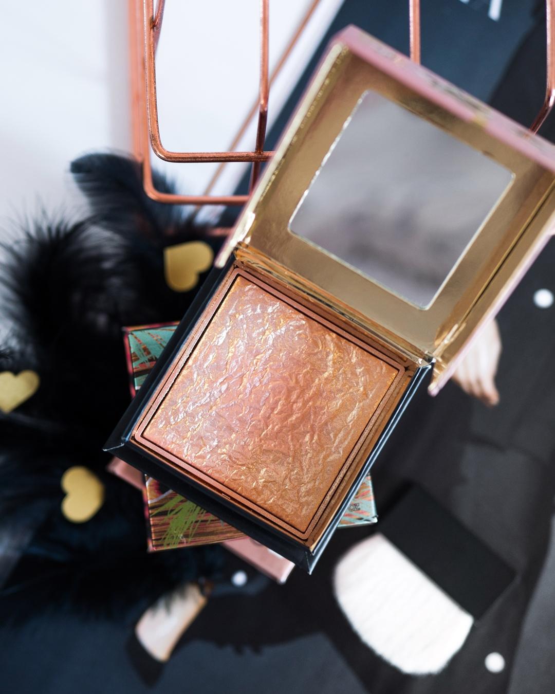 Benefit Gold Rush recenzja makijaż swatche