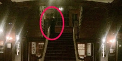 Astaga Turis Ini Tidak Sengaja Memotret Hantu Penunggu Hotel